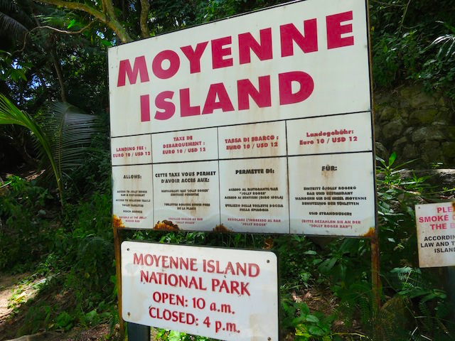 Seychelles Islands Moyenne National Park