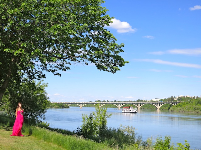 Running back to Saskatoon South Saskatchewan River