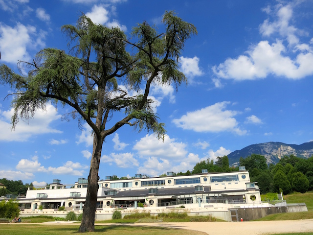 Aix les Bains travel guide, thermal baths