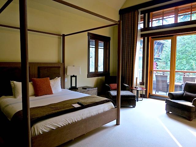 Nita Lake Lodge in Whistler Creekside review Room 217