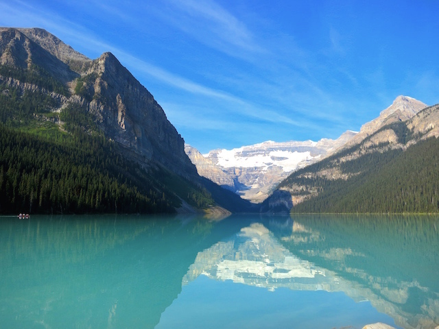 Blog Ambassador Rocky Mountaineer Banff Lake Minniwanka