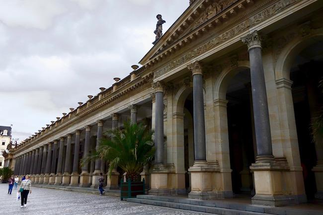 karlovy-vary-colonnade