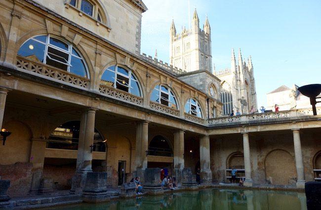 roman-baths-in-bath-england