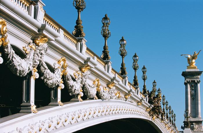 Pont Alexandre-III, Visiting Paris