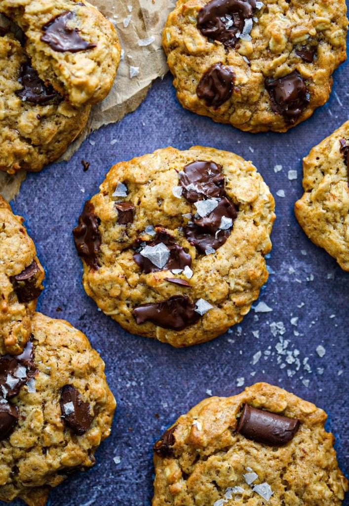 Vegan oatmeal miso chocolate chunk cookies recipe