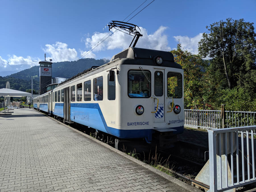 how to get to zugspitze from munich germany
