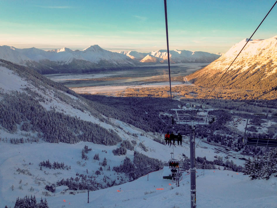 snowboarding at alyeska resort