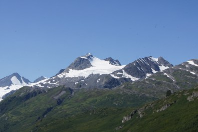 The views along the highway into Valdez are spectacular