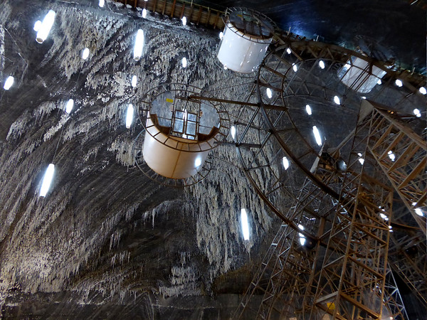 Turda Salt Mine ferris wheel