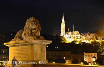 20140506_lion-from-chain-bridge-and-the-cath