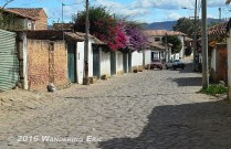 20140806_typical-cobbled-street
