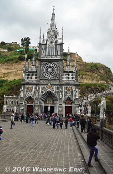 20140830_front-of-las-lajas-sanctuary