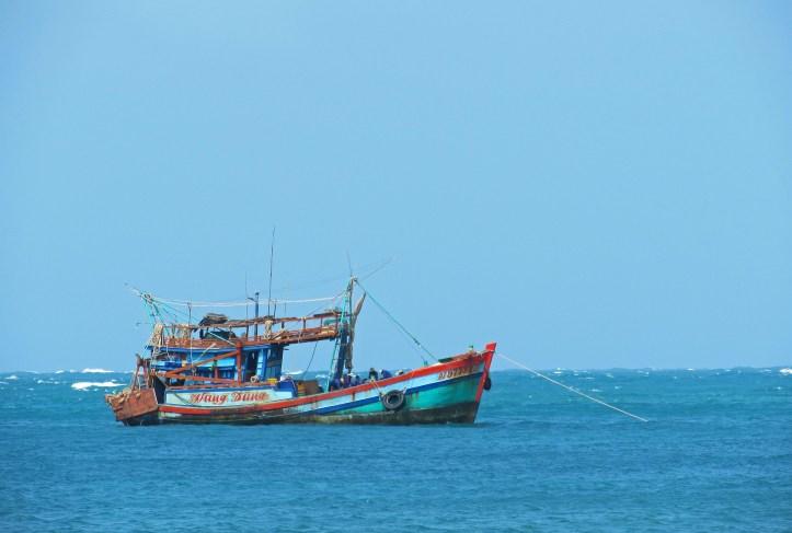 Fishing boat Con Son