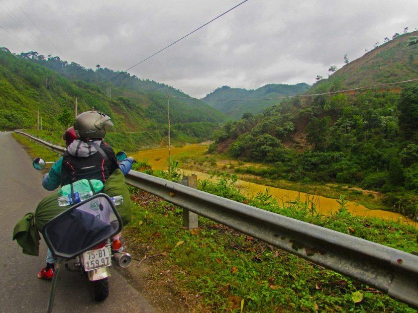 Moped tour Vietnam