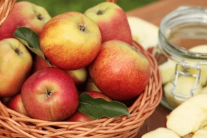 preserve apples at home