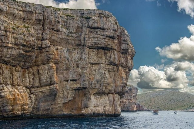 Kornati-rocks-848x566.jpg