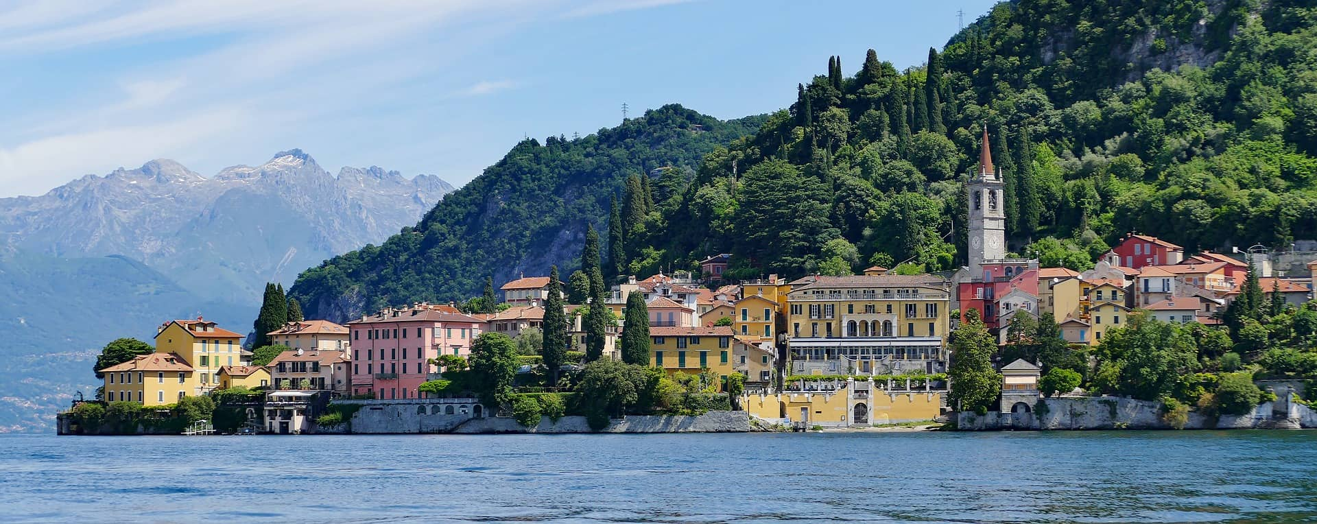 T here's never a bad time to explore Lake Como's outdoor offerings, with its gorgeous walking, hiking and cycling trails that offer panoramic lake