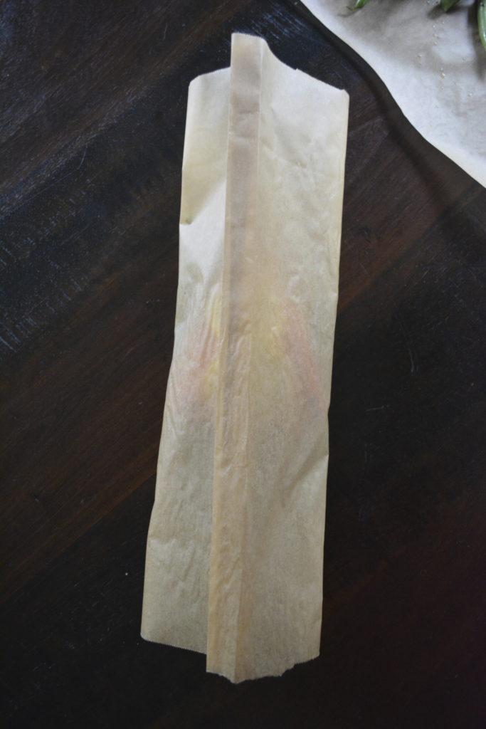 Salmon en Papillote - folding parchment paper