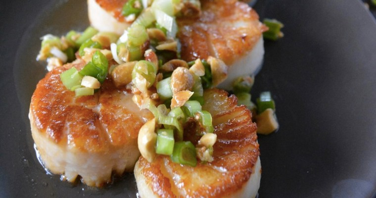 Vietnamese Style Scallops with Peanuts & Green Onion