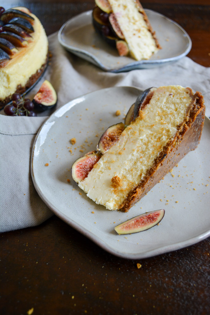 Creamy Fig & Gingersnap Cheesecake