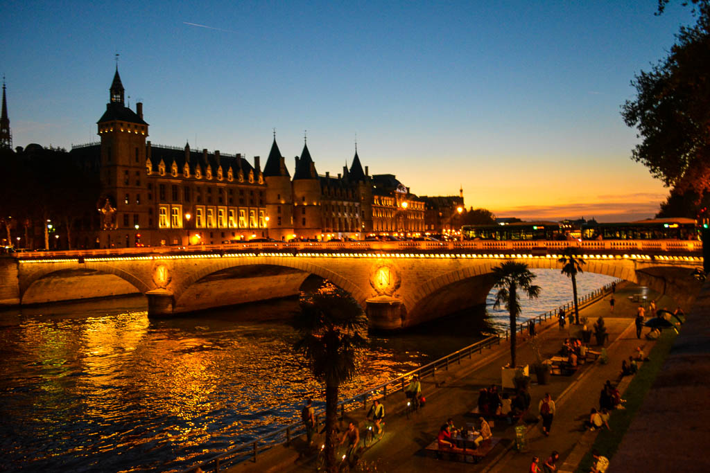 A Comprehensive Guide to Paris:  Sunset along the Seine