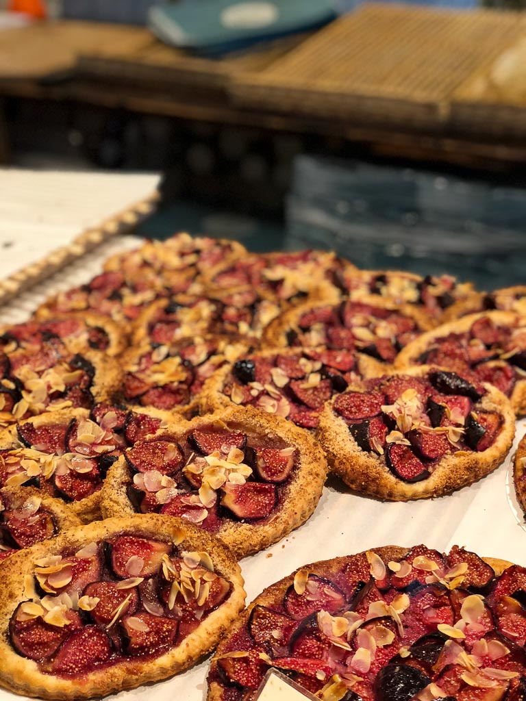 Comprehensive Guide to Paris:  Tartes Aux Figues at Du Pain et Des Idess