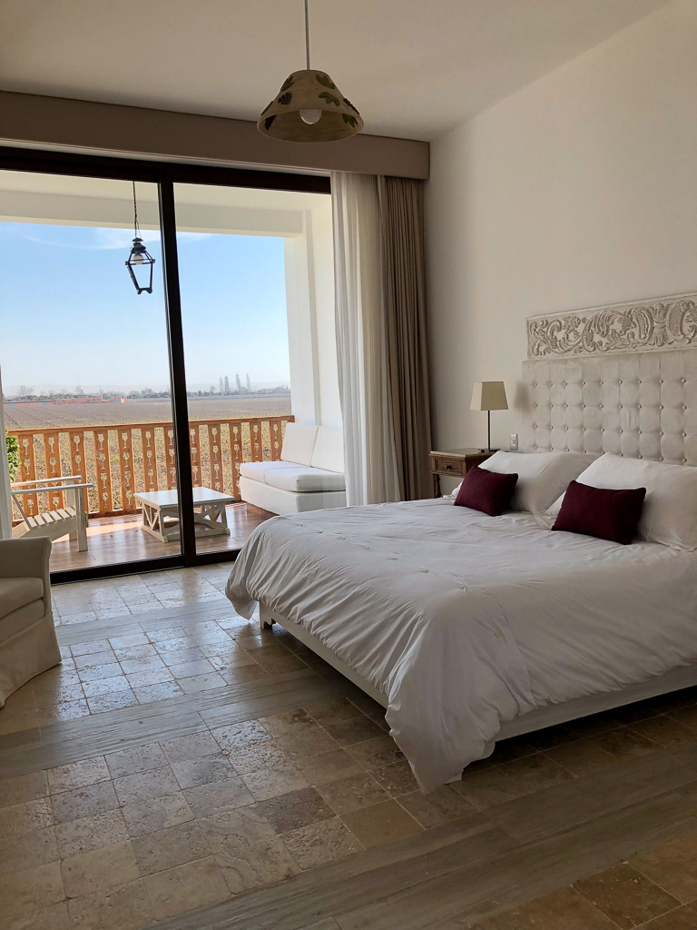 Spacious Rooms at Hotel Vinas Queirolos