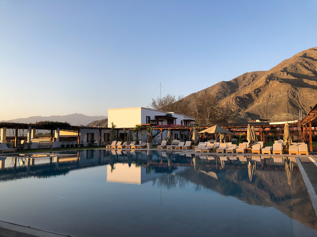 Pool and Mountains at Hotel Vinas Queirolos in Ica, Peru