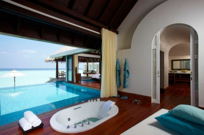 Best Luxury Resorts in The Maldives - WanderingTrader