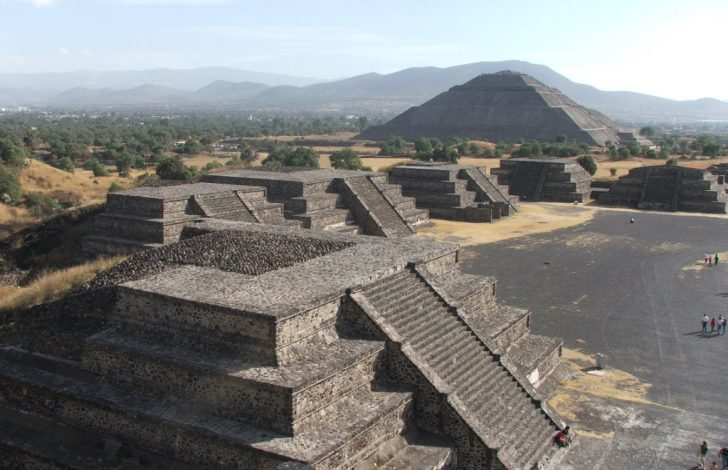 pyramid-of-the-sun-at-teotihuacan-mexico