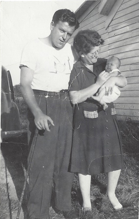 Charles thompson with baby Cheryl and his mother Orvetta Finks