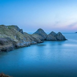 3 Cliffs Bay