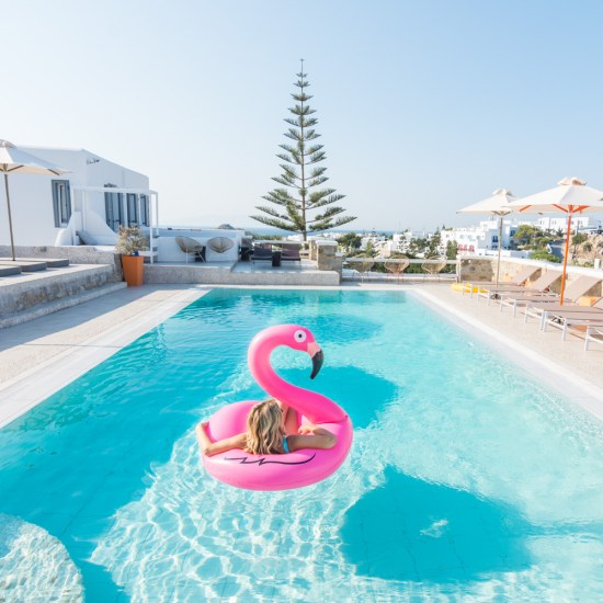 swimmming-pool-artemoulas-studios-mykonos-greece