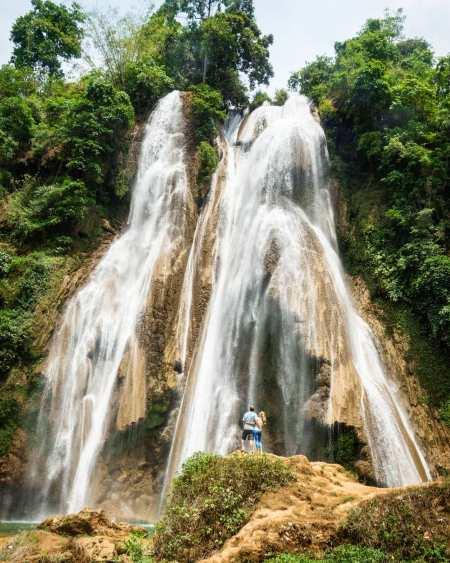 Dat Taw Gyaint Waterfall, Myanmar