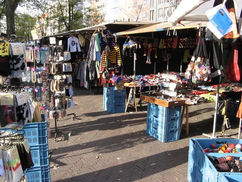 wanderlust-blog.nl/waterlooplein markt