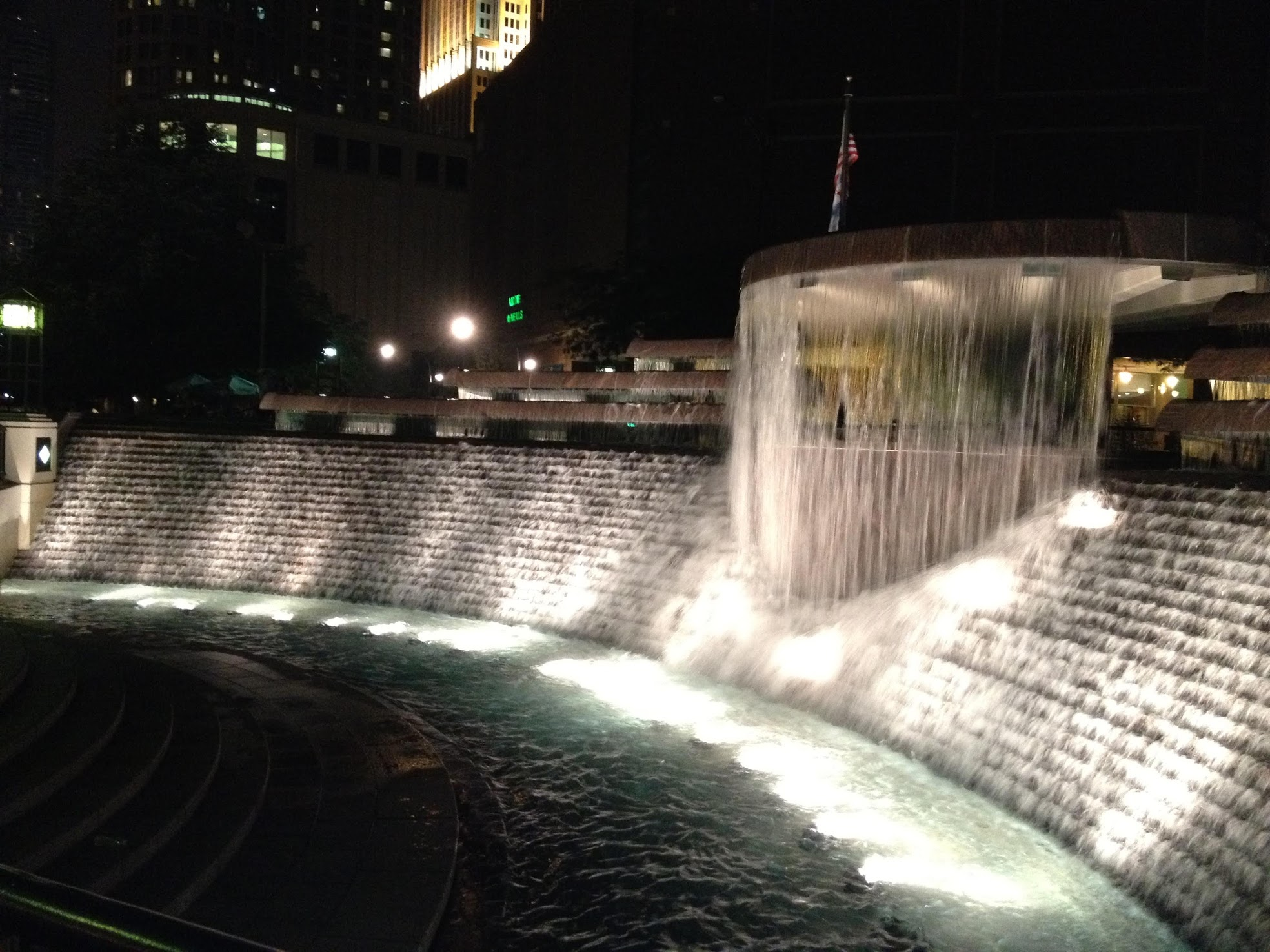 Chicago Fountain at Night