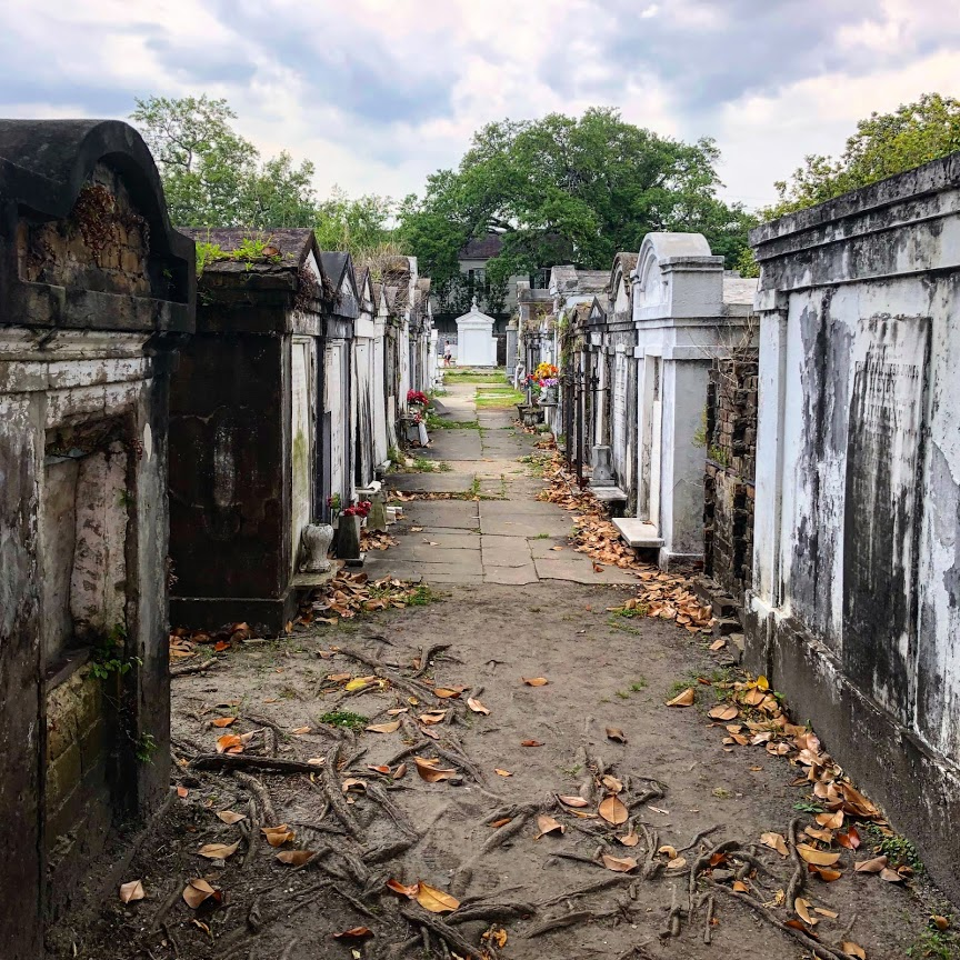 New Orleans - Lafayette Cemetery Alley