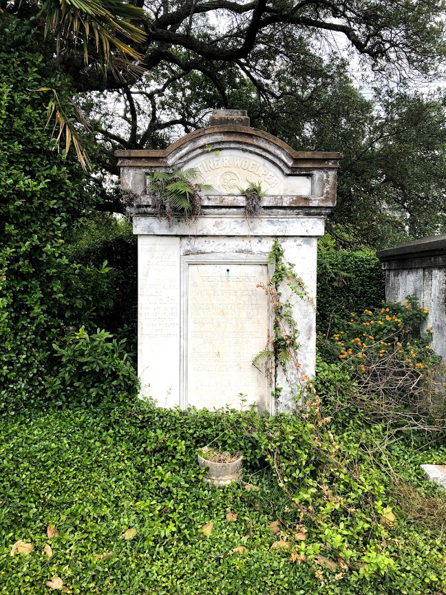 New Orleans - Lafayette Cemetery with Ivy