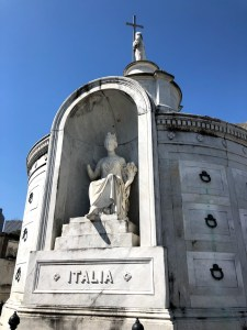 New Orleans - St Louis Cemetery Broken Statue