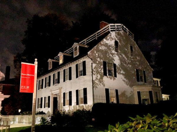 Ropes Mansion in Salem - Hocus Pocis - Horror Movie Locations You Can Visit