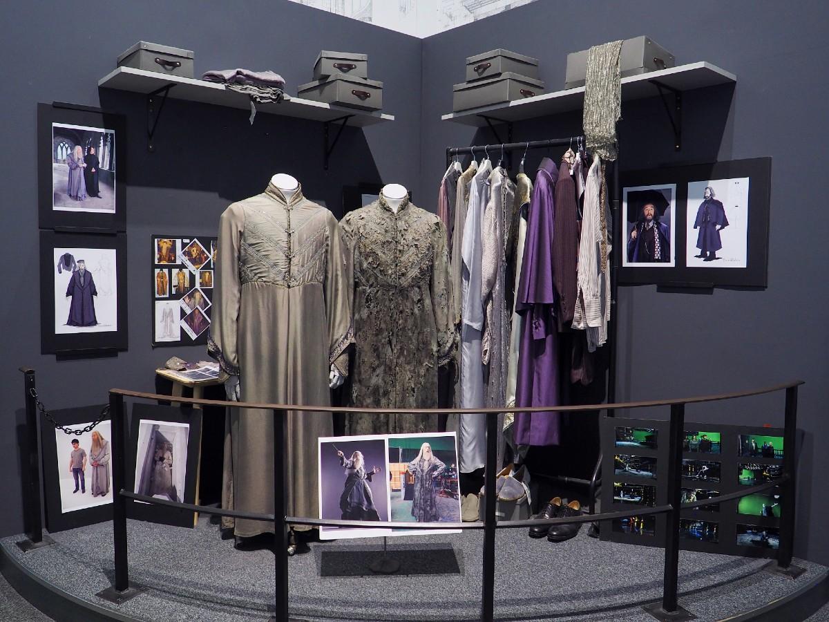 Harry Potter Studio Tour - Dumbledore's Clothes