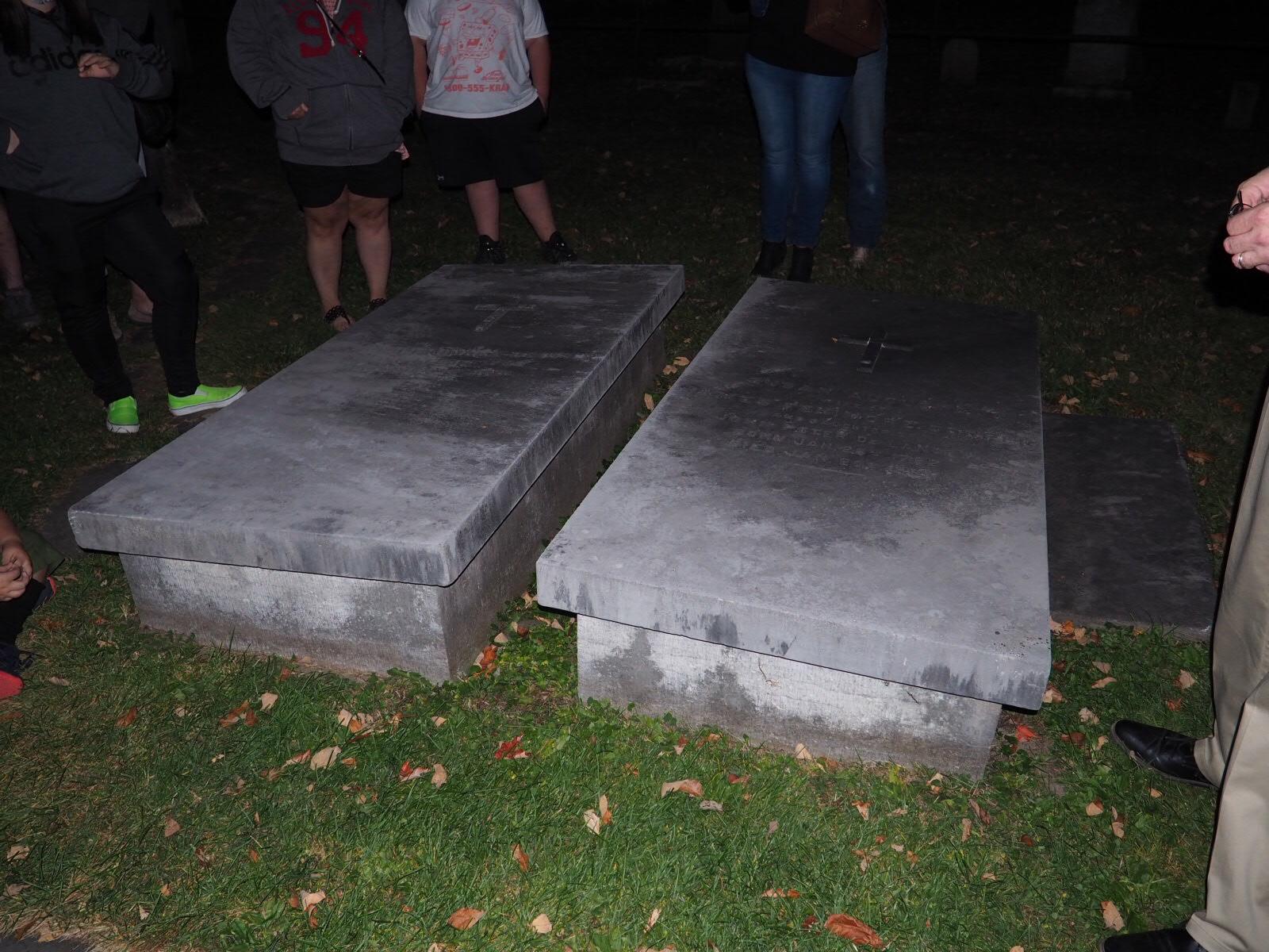 Christ Episcopal Church Graveyard