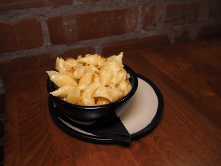 Beer Belly Deli Mac and Cheese
