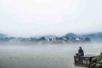 Trip Prep Meditate at Ganga_jpg