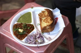 Food tour - Pao Bhaji