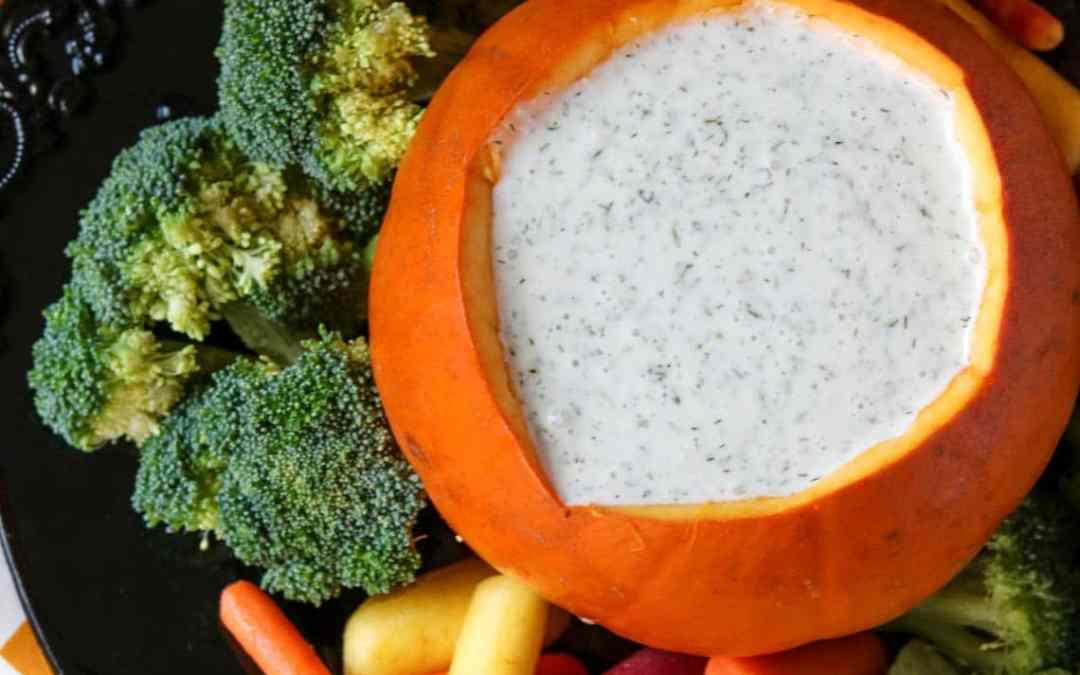 Paleo Ranch Dressing & Vegetables