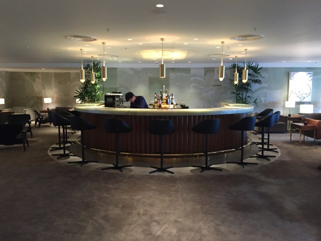 Airport Lounge Review: Cathay Pacific Airways The Pier in Hong Kong