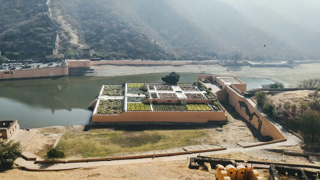 Kesar Kyari Bagh - Amer Fort, Wanderlustgary