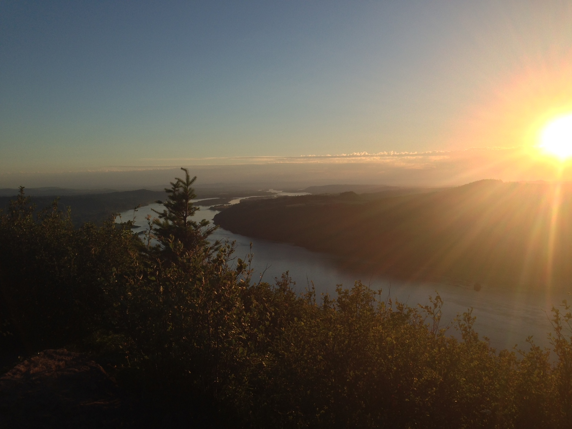 Hiking Angel's Rest, Oregon