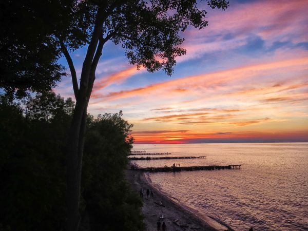 Edgewater Park best spots to watch sunset cleveland